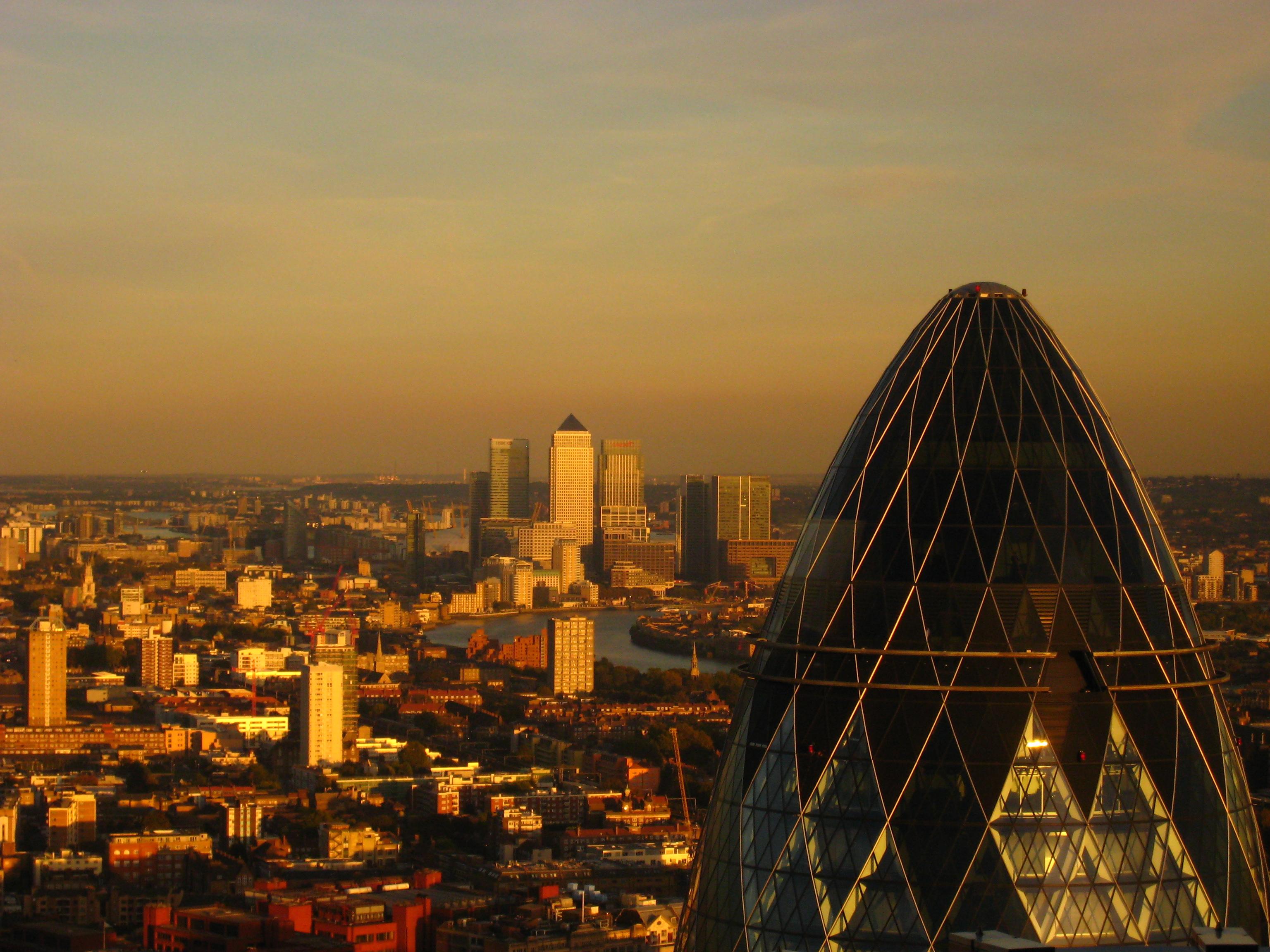 Panorama Londynu o zmierzchu