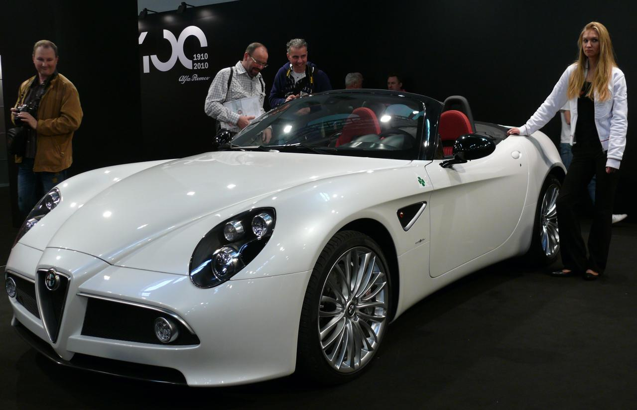 Alfa Romeo 8c White - Viewing Gallery