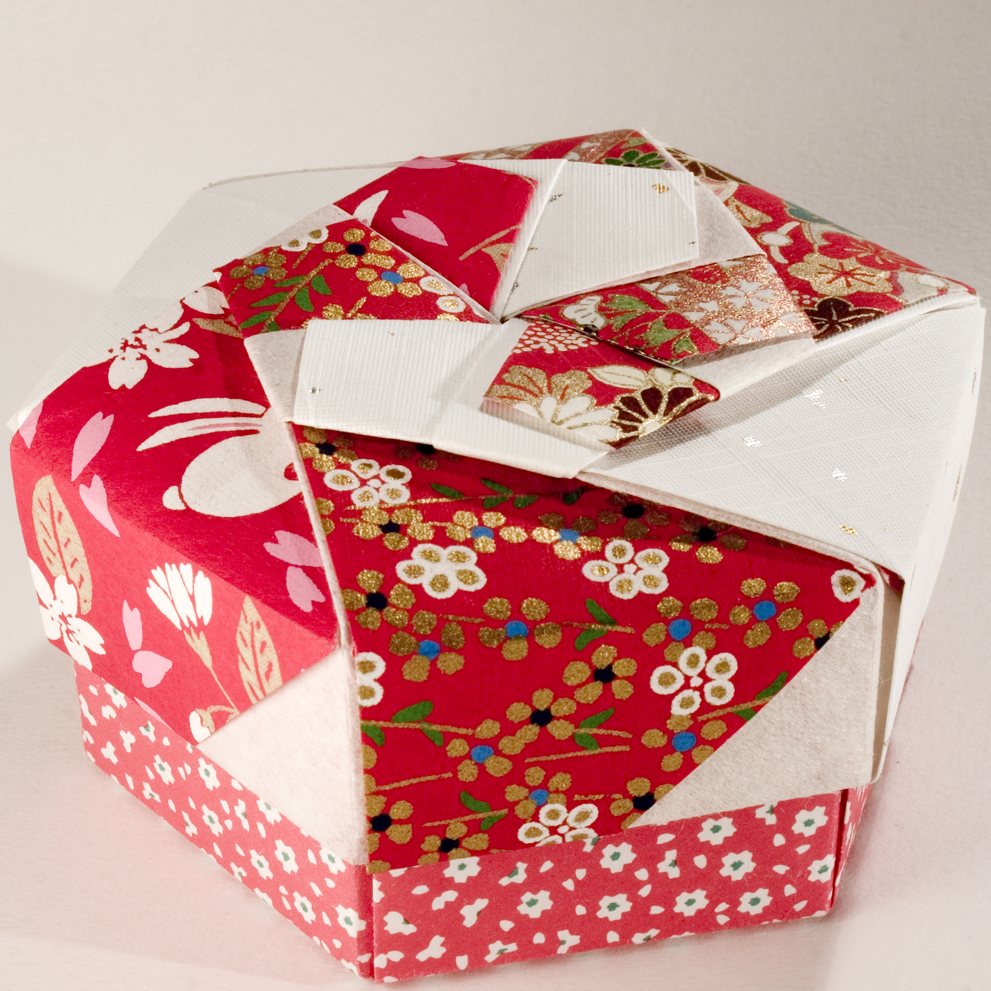 Small Decorative Gift Boxes With Lids: Decorative Hexagonal Origami Gift Box With Lid: # 07