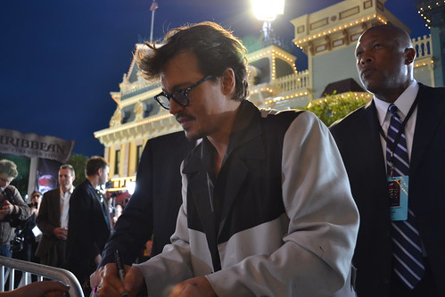 Johnny Depp meets the fans on the Pirates of the Caribbean: On Stranger Tides Black Carpet