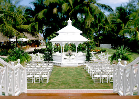 Palms Hotel Miami Beach Wedding Gazebo With its chic style throughout its