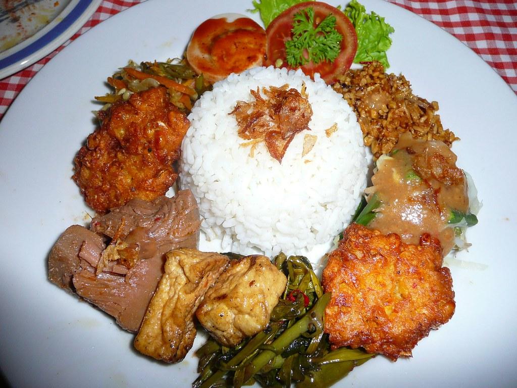 Vegetarian nasi campur, Ari's, Ubud, Bali - a photo on ...