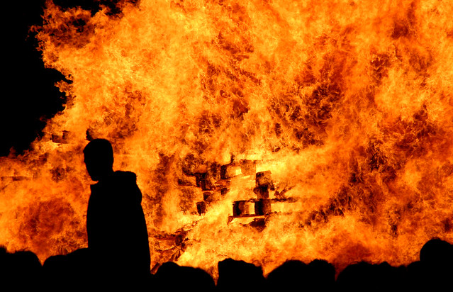 Lewes Bonfire Night 2007 - Wall of Flame