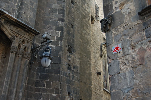 Space Invaders en Barcelona por Unai Garcia
