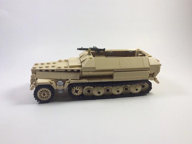Sdkfz 251 (main pic)