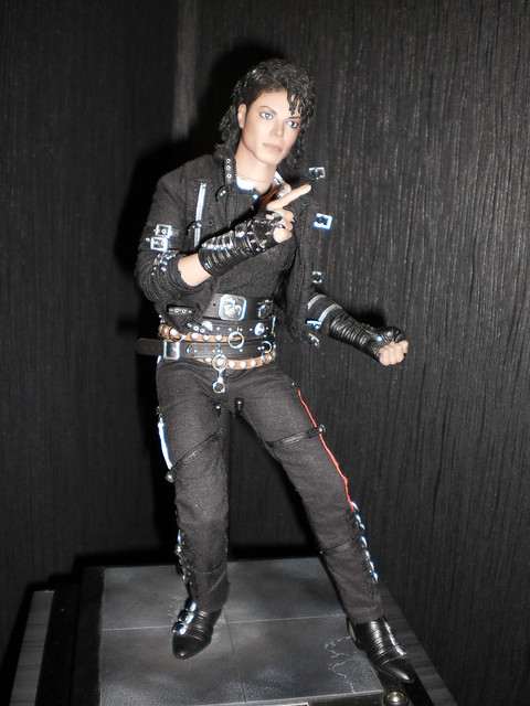 Hot toys michael jackson bad flickr photo sharing for Three jackson toy