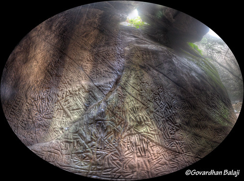 kerala caves carvings wayanad neolithic edakkal