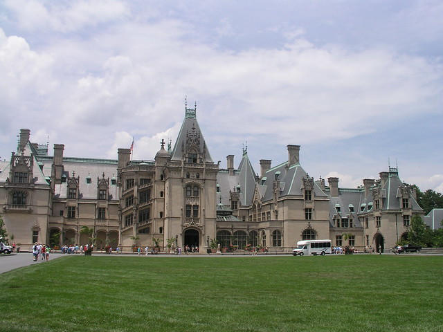 The biggest house in america flickr photo sharing for Largest homes in america