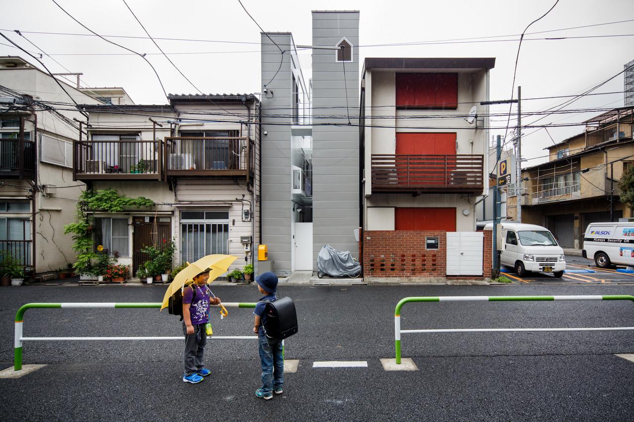 住宅密度大於高度,東京建築「怪宅」林立1