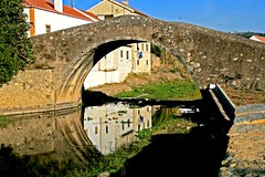 monastery(0.0), aqueduct(0.0), viaduct(0.0), waterway(0.0), moat(0.0), devil's bridge(1.0), village(1.0), town(1.0), tourism(1.0), landmark(1.0), arch bridge(1.0), bridge(1.0),