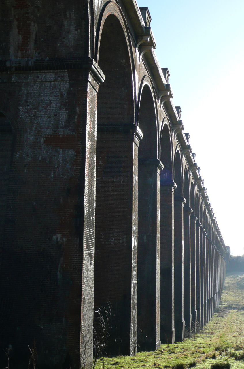 Book 3, Walk 22, Balcombe Circular (winter) Ouse Valley viaduct (external), 6 Jan '08.