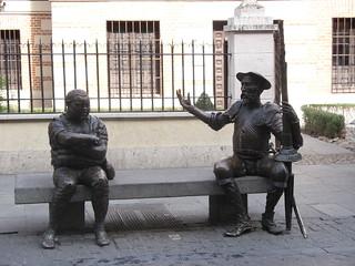 Imagen de Estatua de Don Quijote y Sancho Panza. españa canon spain quijote escultura fav 2008 estatua cervantes quixote donquijote sanchopanza alcalá comunidaddemadrid alcaládehenares 4fav ccby canonpowershota700 29022008 febrerode2008