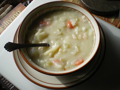 produce(0.0), meal(1.0), corn chowder(1.0), clam chowder(1.0), food(1.0), leek soup(1.0), dish(1.0), soup(1.0), cuisine(1.0),