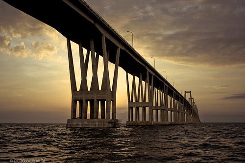 sunrise venezuela paisaje amanecer zulia maracaibo puentesobreellago concretebridge supershot lagodemaracaibo puentegeneralrafaelurdaneta puentedeconcreto maracaibolake piladeconcreto