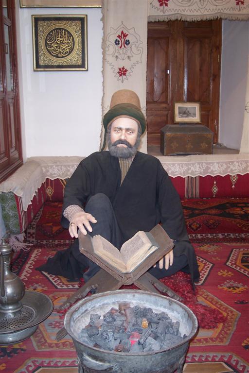 Representación de la vida cotidiana de un Derviche (Museo) Konya, el cinturón religioso de Turquía - 2513562544 569430640f o - Konya, el cinturón religioso de Turquía