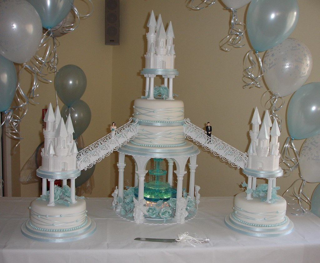 Castles wedding cake with fountain a photo on Flickriver