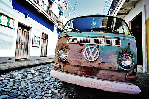 kiss the vw bus
