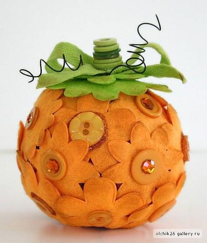 achei na net essa decoração bacana feita de bola de isopor bjs by ALEPE ATELIÊ