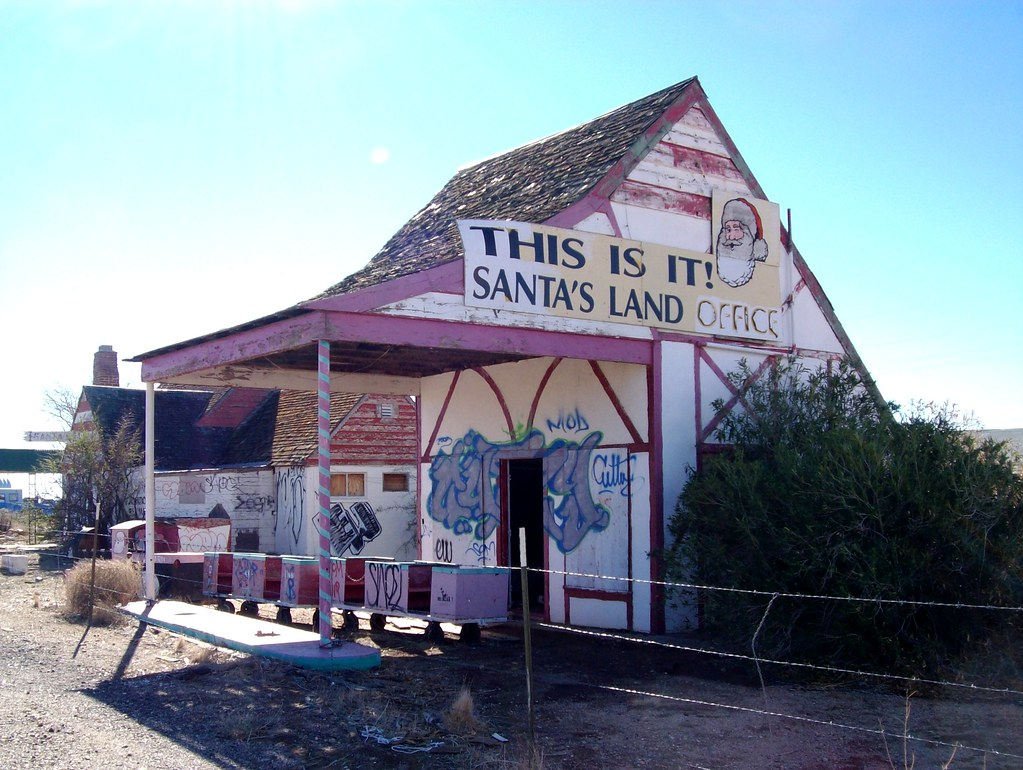 This Is It!  Santa's Land Office, abandoned service station north of Kingman, AZ - santaclaus02x