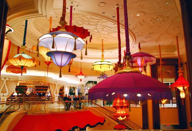 wynn lobby 3 | street level lobby of the wynn hotel and ...