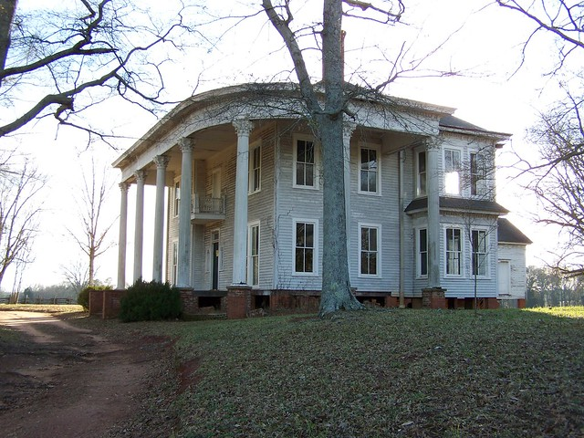 Abandoned southern mansion flickr photo sharing for Abandoned plantations in the south for sale