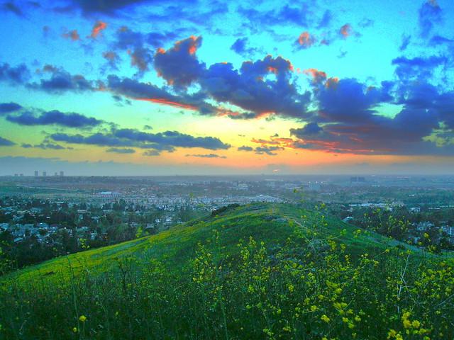... center midground. clouds blue orange green Flickr - Photo Sharing