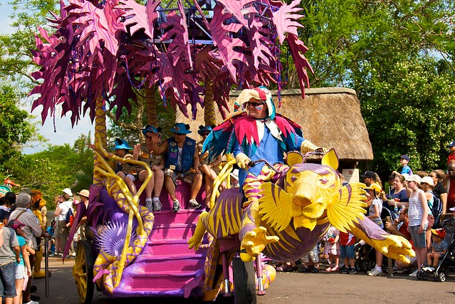 WDW April 2009 - Mickey's Jammin' Jungle Parade