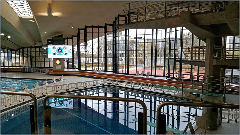 La Piscine Du D Coque Hotel Et Centre National Sportif Et Flickr