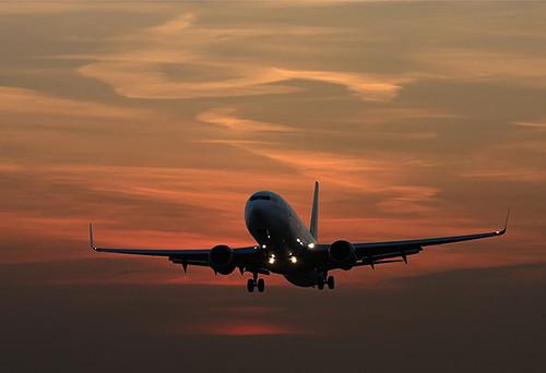 sunset sky clouds plane canon canonef70200mmf28lusm canon450d flickraward canoneos450d canondigitalrebelxsi