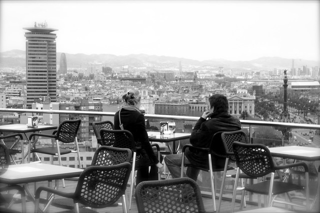Watching Barcelona / Guardando Barcellona by Leo Prati, on Flickr