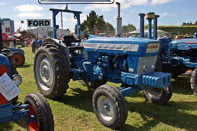 Ford 5000 Diesel Tractor Parts : Ford diesel tractor parts