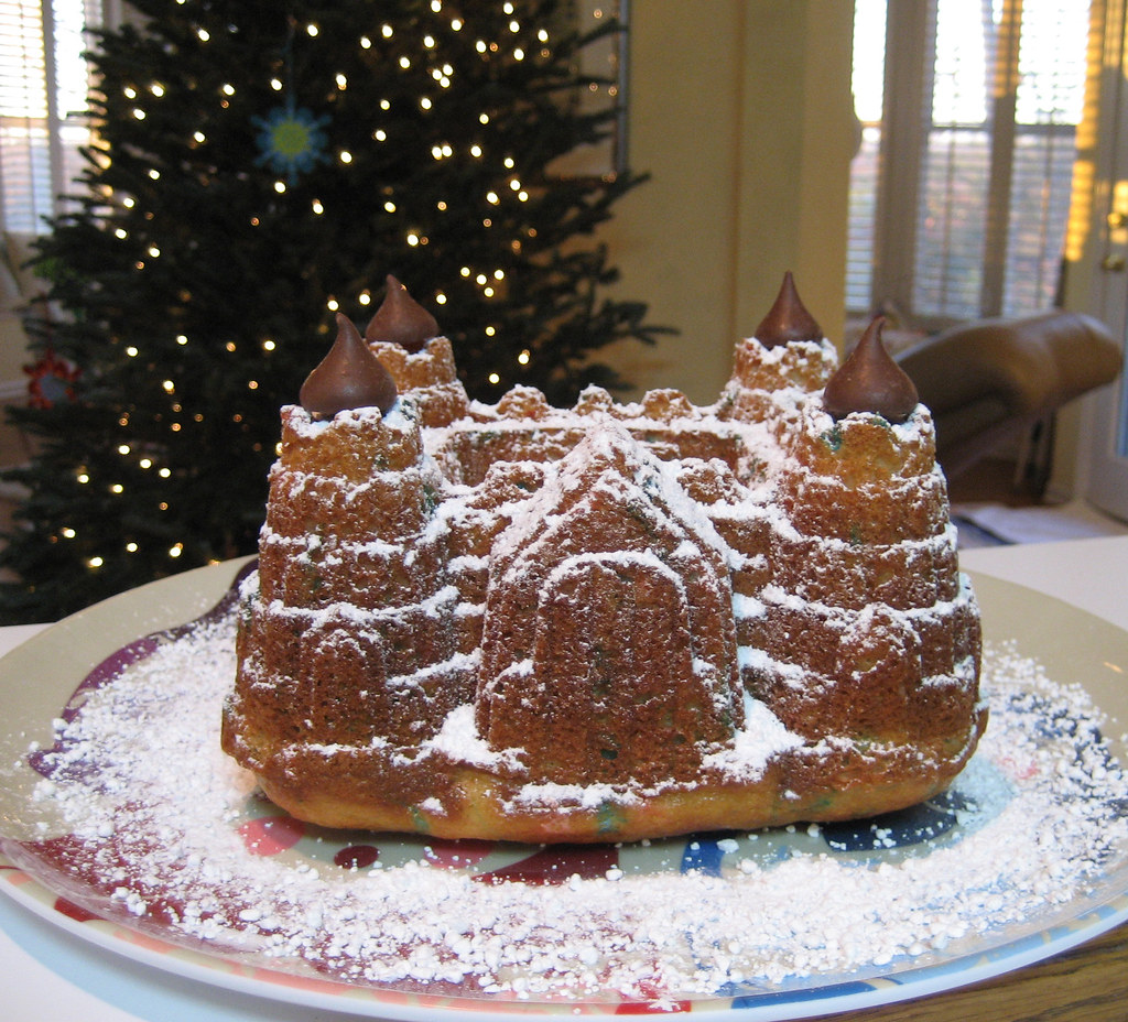 How To Decorate A Castle Bundt Cake