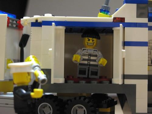 LEGO Police 護送する!