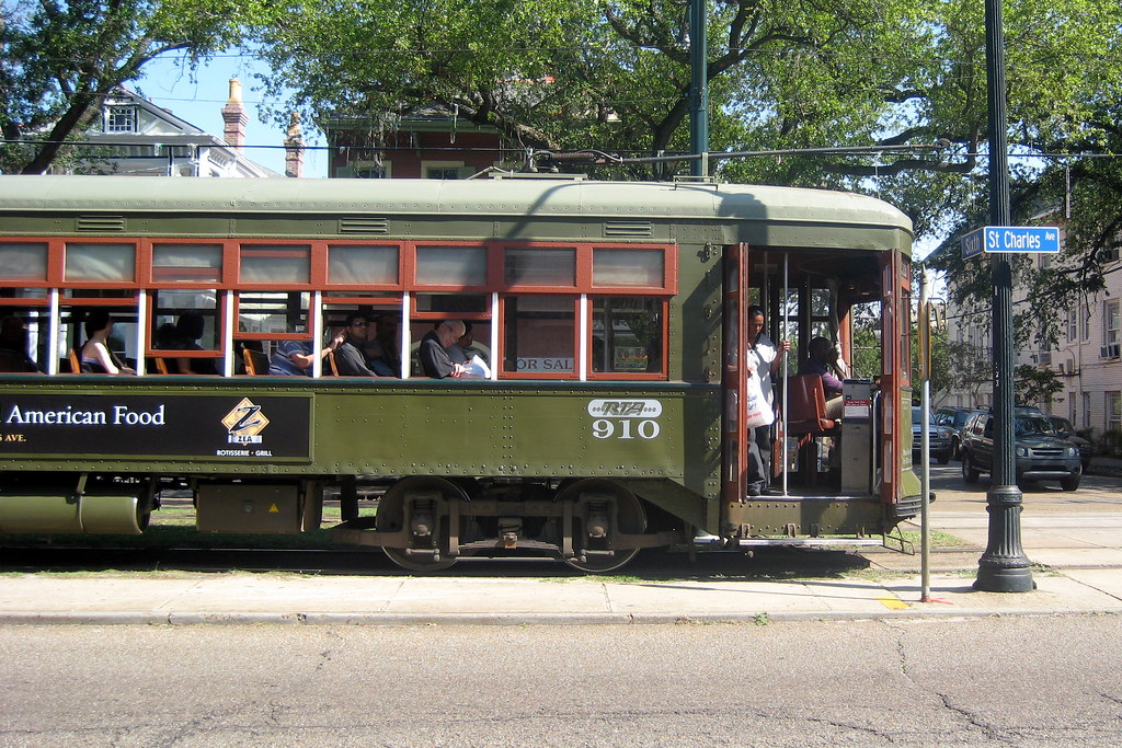 Streetcars In New Orleans Map.New Orleans Garden District St Charles Streetcar Flickr