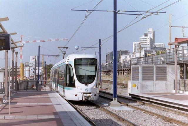 paris tram line t2 flickr photo sharing. Black Bedroom Furniture Sets. Home Design Ideas