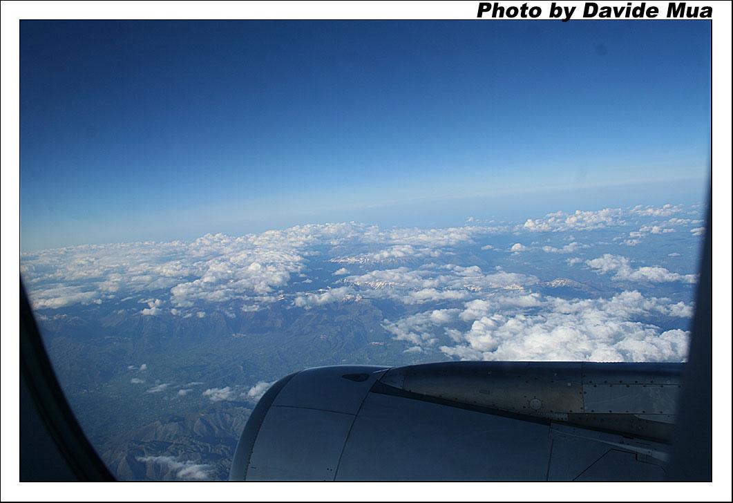 Aereo Privato Napoli : Foto scattate dall aereo il aprile sul volo napoli milano