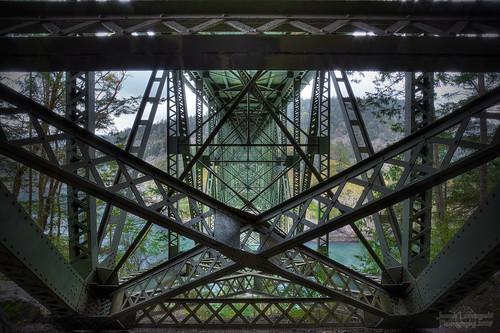 bridge geotagged geometry under symmetry whidbeyisland complexity deceptionpass hdr thespacebetween intricacies janusz leszczynski fidalgoisland 5802 marvelofengineering geo:lat=48405261 geo:lon=122644587