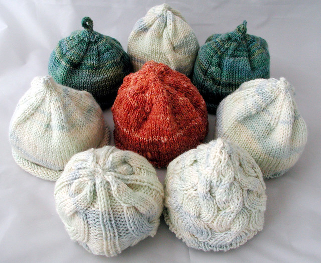 So-called charity knitting: 8 baby hats