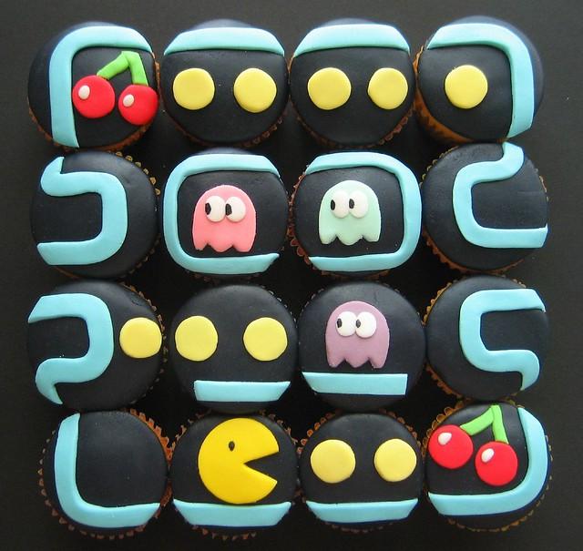 Pacman Cupcakes Wakawakawaka
