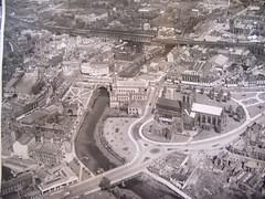 sport venue(0.0), stadium(0.0), arena(0.0), urban design(1.0), bird's-eye view(1.0), metropolis(1.0), aerial photography(1.0), city(1.0),
