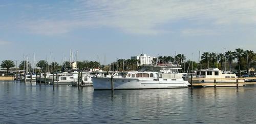 marina lakemonroe florida yachts boating sanfordfl yacht