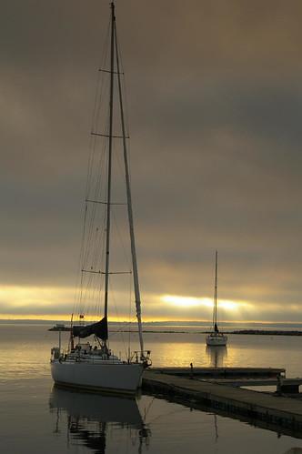 sunrise sailboats lakechamplain plattsurgh