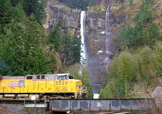 Union Pacific at Multnomah Falls