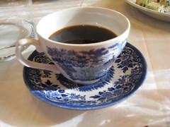 caf㩠au lait(0.0), caff㨠macchiato(0.0), cup(1.0), tea(1.0), food(1.0), coffee(1.0), coffee cup(1.0), turkish coffee(1.0), caff㨠americano(1.0), drink(1.0), caffeine(1.0),