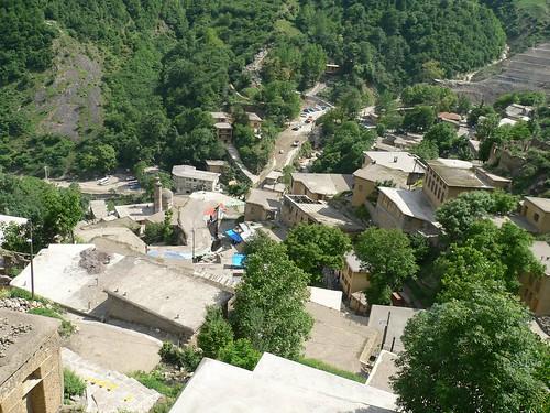 Masuleh looking down