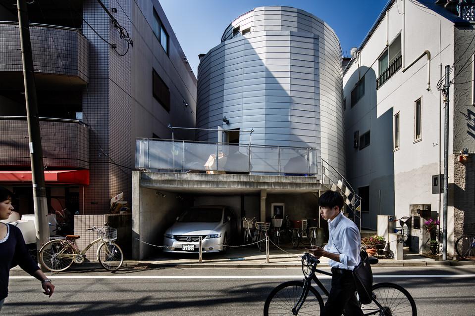 住宅密度大於高度,東京建築「怪宅」林立10