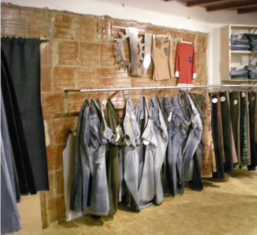 arredamento negozio abbigliamento in campania: arredamento negozio ... - Arredamento Negozi Abbigliamento Toscana