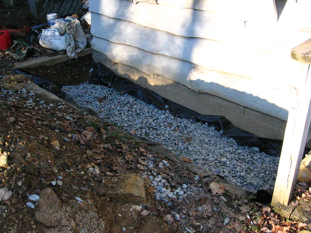 French drain with gravel flickr photo sharing for French drain collection box