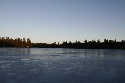 winter ice finland kälviä klapurinjärvi