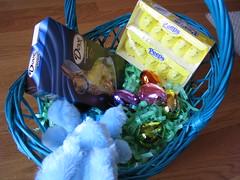 food, gift basket, blue,